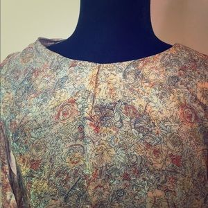 Sacred Thread tunic, floral, size XL!